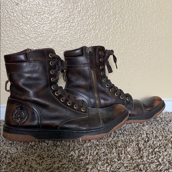 c8e90f038ae Men's brown leather Diesel boots
